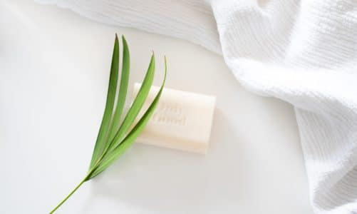 Which essential oils smell like Clean Laundry?